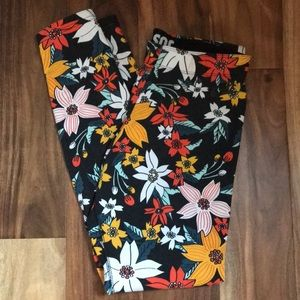 nike floral patterned leggings